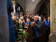 Tachovský dětský sbor se společně s dětským sborem Da Capo z Rokycan představil v rámci chrámového koncertu v prostorách kostela Nanebevzetí Panny Marie v Tachově.