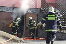 Požár rodinného domu v Chodové Plané