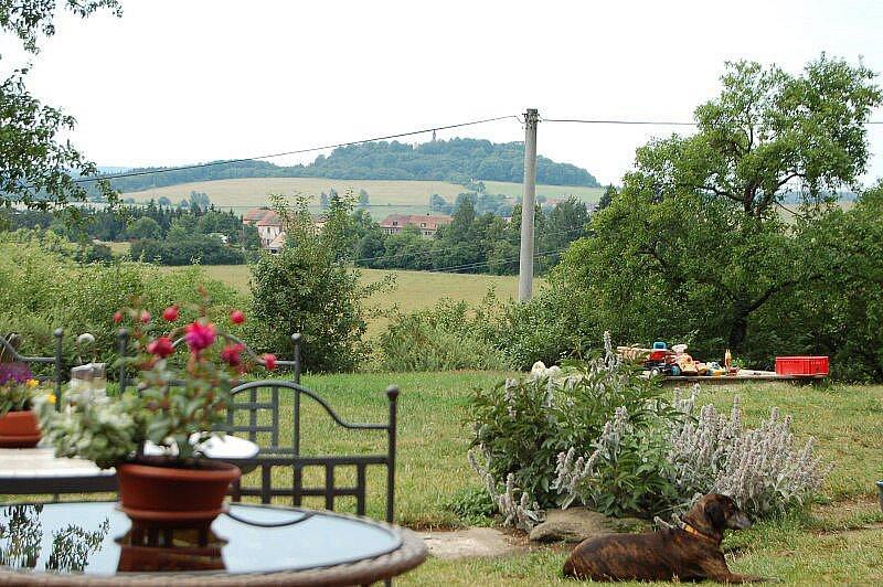 Výhled z Dolních Polžic ke Krasíkovu