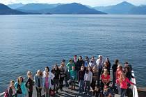 Tachovskému sboru se při cestě z letiště naskytly úchvatné pohledy na kanadskou krajinu.
