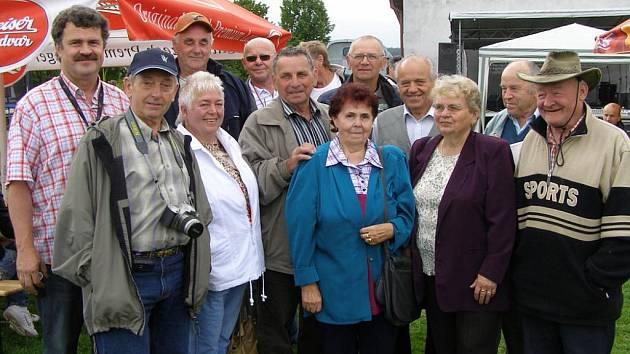 Cebivští rodáci se přijeli podívat do místa, kde prožili svá dětská léta.