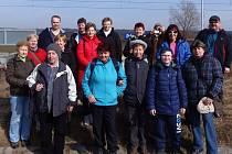 Turisté ze Stříbra a Kostelce vyrazili kolem přehrady