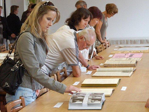 Veřejnost si mohla ve čtvrtek prohlédnout Stární okresní archiv v Tachově.