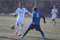Dynamo Studánka (v modrém) - Baník Stříbro (v bílém) 0:2.