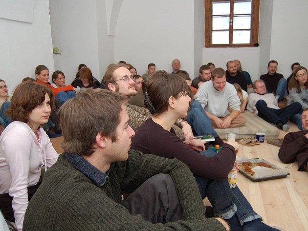 Víkend byl v Holostřevech ve znamení přednášek