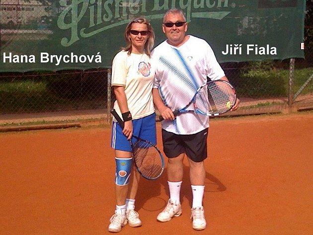 Tenisový turnaj Zeromix se uskutečnil na kurtech Slavoje Tachov u koupaliště.