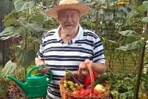 Zahradník a organizátor výstavy ovoce a zeleniny  Herbert Hacker.