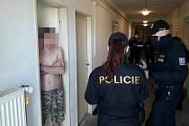 Policisté prováděli kontroly ve třech ubytovnách a jedné firmě.