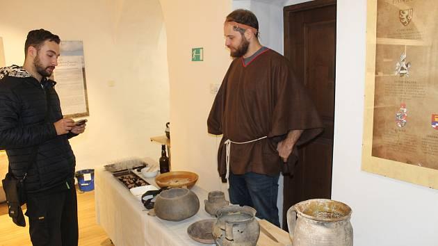 Den archeologie v tachovském muzeu.