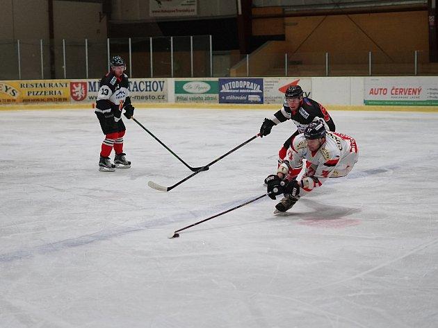 Hokejisté zTachova se utkali svýběrem zChotíkova.