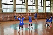 Závěrečný turnaj v barevném minivolejbale v Kladrubech u Stříbra.