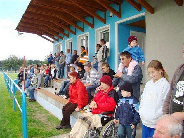 Kabiny už slouží sportovcům veřejnosti.