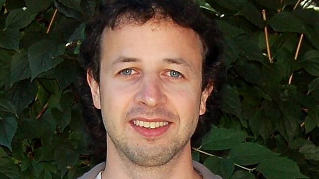 Robert Dvořák bude až do léta příštího roku působit v Súdánu, kde bude na tamních univerzitách vyučovat angličtinu.