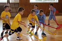 Tradiční florbalový turnaj se odehrál v tělocvičně v Základní škole Kostelní v Tachově