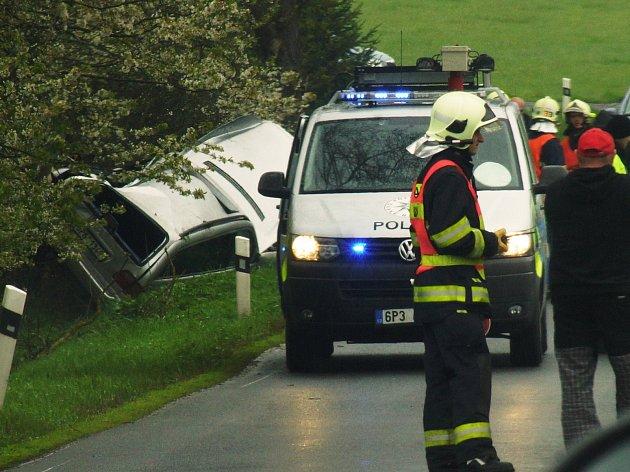 Vážná dopravní nehoda mezi Novou Hospodou a Čečkovicemi si vyžádala lidský život