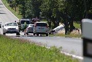Nehoda se smrtelným zraněním, která se stala v neděli brzy ráno na silnici mezi Planou a Černošínem.