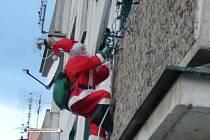 Santa Claus je symbol, jehož podoba byla původně vytvořena pro reklamu. Zabydlel se například i ve Stříbře.