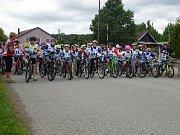 Start školního duatlonu v Přimdě, zúčastnili se jej školáci z Přimdy, Stráže a Bělé nad Radbuzou.