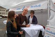 Jiří Drahoš diskutoval s občany Tachova.