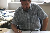 Ředitel tachovského Revisu Jan Petruň nás informoval o srpnových vzdělávacích zařízení.