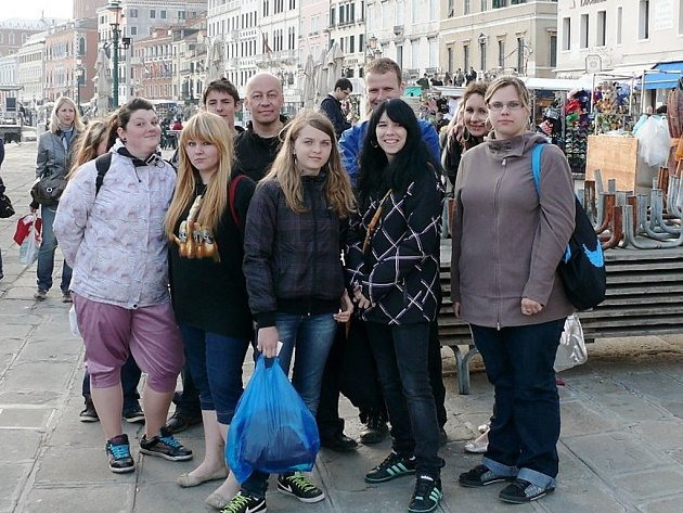 PLÁNŠTÍ STUDENTI A UČITELÉ vyrazili na jarní výlet do italských Benátek.