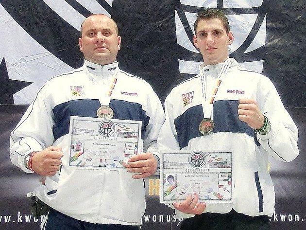 Plánští bojovníci reprezentovali Českou republiku na mistrovství světa v kickboxu.