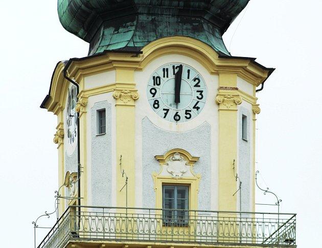 Věž kostela Nanebevzetí Panny Marie v Plané