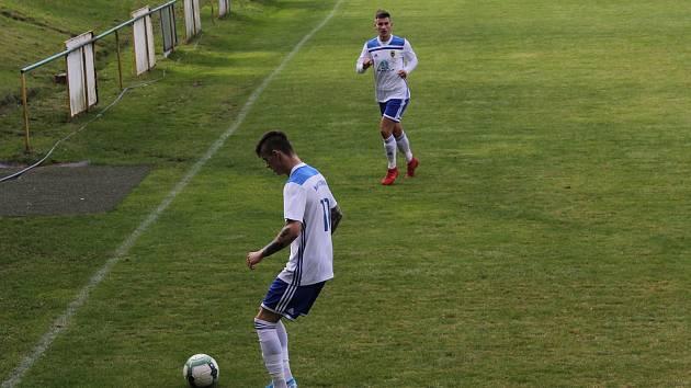 Baník Stříbro doma změří síly s FC Chotíkov 1932.
