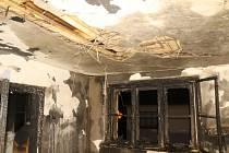 Vyhořelý byt v Bezdružicích.