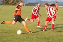Fotbal–1. A třída: J. Bezdružice – Sokol Blovice 1:2 (0:1, Gengel – Žežula, Soukup)