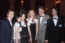 DELEGACE STUDENTŮ tachovského Gymnázia (na snímku) zastupovala letos na Pražském studentském summitu tři evropské státy.