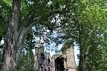 Svatý Jan u Kočova je zaniklou obcí, kde se v kostele před dvaceti lety natáčela pohádka Z pekla štěstí 2.