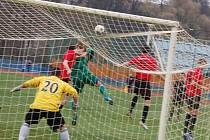 Fotbalisté FK Tachov zakončili podzimní část divize výhrou s FC MAS Táborsko B 6:2.
