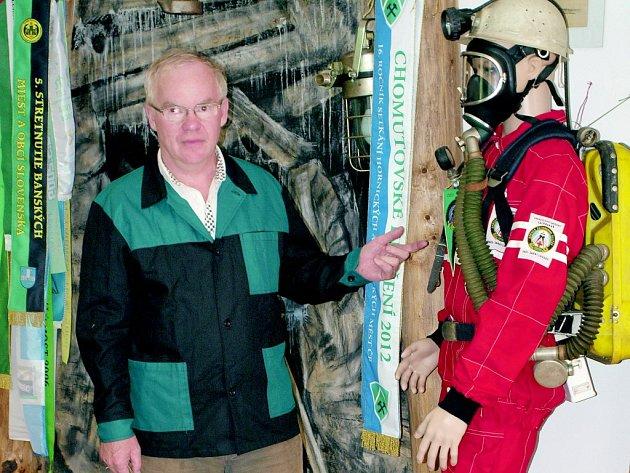 Jan Teplík představil figurínu báňského záchranáře Franty.