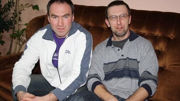 Mirek Gangur a Pavel Hanus (zleva) informovali, že ctibořští fotbalisté budou bojovat o postup do třetí třídy