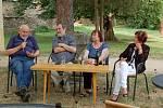 Hosté ze žlutického divadelního spolku Žlutiščan tachovské diváky dobře bavili.