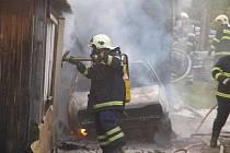 V Brodě nad Tichou zasahovaly čtyři hasičské jednotky.