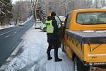 Mezi Tachovskem a Chebskem stojí na některých komunikacích policejní hlídky.