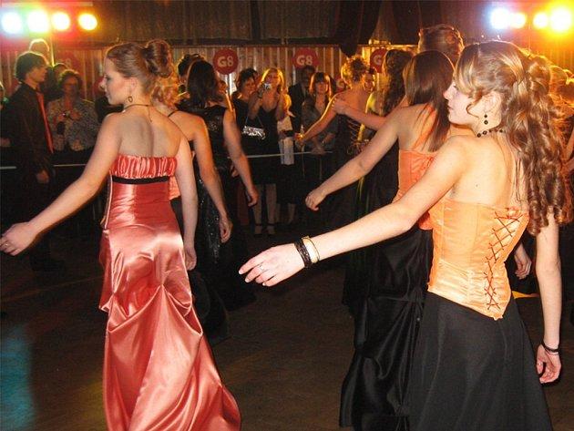 Maturitní ples G8