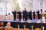 V prostorách Jízdárny ve Světcích se uskutečnil čtvrtý koncert cyklu Dveře Jízdárny dokořán.