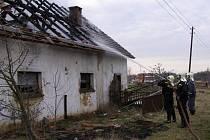 Likvidace požáru v Únrhlích