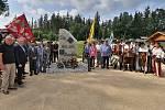 Památník ukrutné bitvy u Rozvadova stojí poblíž Krvavého pole