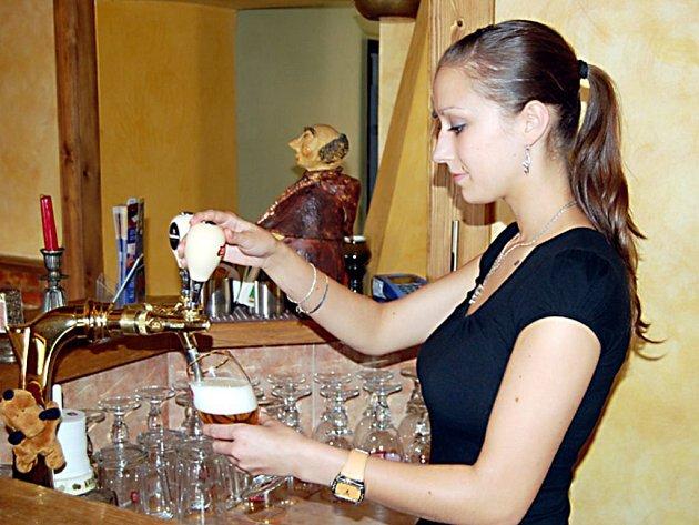 Pro dvaadvacetiletou Barboru Hebrovou (na snímku) je nejlepším tréninkem pro blížící se finále její práce.