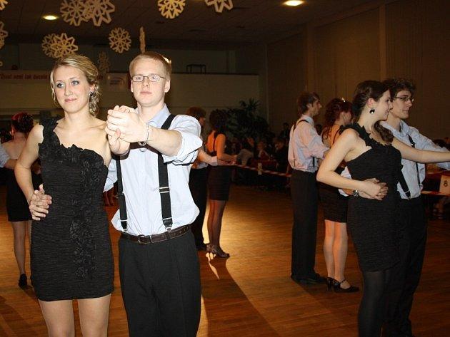 Maturitní ples Střední průmyslové školy Tachov Světce.