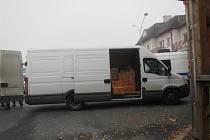 Bez povolení převážel přepravce zábavní pyrotechniku, která měla skončit na tržnicích na západě Čech.