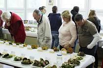 Gymnázium v Tachově opět přivítalo výstavu hub.