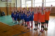 V Kladrubech se uskutečnil masopustní turnaj v minivolejbale.