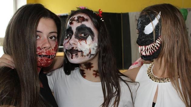 Ve škole oslavili Halloween.