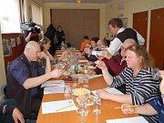 Tachovská bobule zná své vítěze. Vzorků nejrůznějších vín se sešlo dvaadvacet, soutěžících bylo dvanáct.