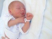 Štěpán (3,30 kg, 50 cm) se narodil 8. srpna v 15:02 v Mulačově nemocnici. Na světě ho přivítali rodiče Lucie a Martin Suchých ze Stříbra. Doma se na brášku těší Daneček (4,5).